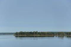 большое озеро с островами Стоковые Фото
