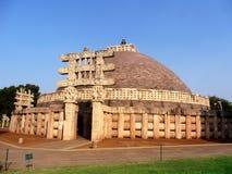 Большое stupa sanchi Индии, буддийского всемирного наследия памятников стоковое фото rf