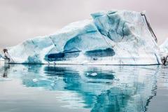 Большой айсберг на озере, Исландии Стоковая Фотография RF