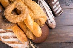 Большой ассортимент смешанных хлебов Стоковое Изображение