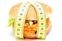 Большой бургер и измеряя лента Стоковое Изображение RF