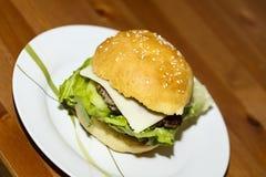Большой гамбургер Стоковое Изображение