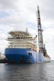 Большой корабль США класть трубы стоковые фото