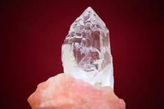 Большой кристалл белого кварца Стоковые Фотографии RF