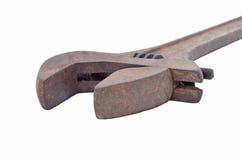 Большой ключ металла для раскручивать труб на белом backgrou Стоковая Фотография RF