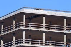 Большой мол в стали и цементе в конструкции Стоковое фото RF