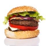 Большой домашний сделанный бургер Стоковые Изображения RF