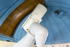 Большой профессиональный телескоп в обсерватории Стоковые Изображения RF