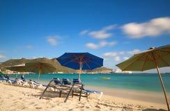 Большой пляж залива - Philipsburg - Sint Maarten - карибский тропический остров Стоковое Изображение RF