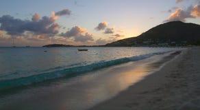 Большой пляж залива - Philipsburg - Sint Maarten - карибский тропический остров Стоковые Фото