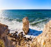 Большой уединённый утес, красивые виды скал Стоковая Фотография