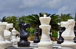 Большой шахмат для игры на пляже Стоковая Фотография RF