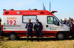 Бразильская аварийная спасательная служба SAMU готовя для возможного звонка стоковая фотография