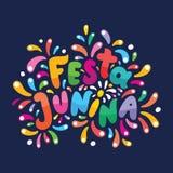 Бразильская помечая буквами иллюстрация Festa Junina текста Праздничная карта вектора Вспышки, фейерверки пируют логотип в красоч бесплатная иллюстрация