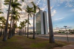 Бразильский национальный конгресс на заходе солнца - Brasilia, Distrito федеральное, Бразилия стоковое изображение rf