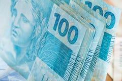 Бразильские деньги, reais, высоко номинальные, концепция успеха Стоковое Изображение RF