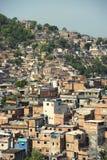Бразильские трущобы Рио-де-Жанейро Бразилия Favela горного склона Стоковое Фото