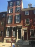 Брайн облицовывает городк-дома в историческом западе квадрата Вашингтона, Филадельфию, PA 4 Стоковое Изображение