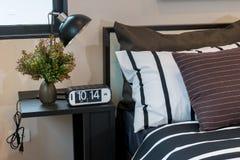 Брайн, черно-белые striped подушки Стоковое Изображение