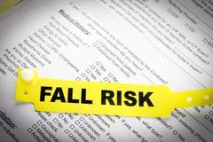Браслет пациента риска падения стоковое изображение