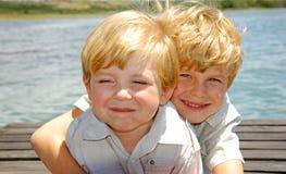 братья счастливые Стоковые Изображения RF