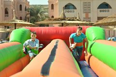 2 брать в тропической гостинице Стоковая Фотография