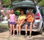 3 брать сидя в хоботе автомобиля Стоковое фото RF