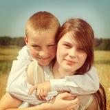 Брат и сестра внешние Стоковая Фотография RF