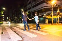 Брат через улицу Стоковые Изображения RF
