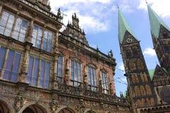 Бремен - ратуша и собор - II - Стоковое Изображение