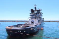 БРЕСТ, ФРАНЦИЯ - 18-ОЕ ИЮЛЯ: Французская спасательная лодка Abeille Бурбон внутри Стоковая Фотография