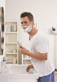 брить человека Стоковые Изображения RF