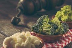 Брокколи, брокколи romanesco и цветная капуста Стоковое Изображение