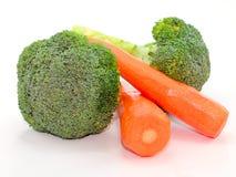 Брокколи и моркови на белизне Стоковое фото RF