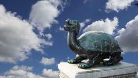 Бронзовая китайская статуя дракона в запретном городе фарфор Пекин видеоматериал