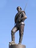 Бронзовая статуя русского солдата Элемент памятника к героям первой мировой войны Стоковое фото RF
