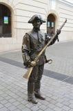 Бронзовая статуя солдата в крепости Alba Каролине, Трансильвании, Румынии Стоковые Фото