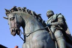 Бронзовая статуя Cosimo Я de Medici герцога Тосканы в Флоренсе, Италии Стоковые Фото