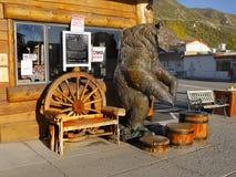 Бронзовый аванпост медведя, Ли Vining, сьерра-невада стоковое изображение rf