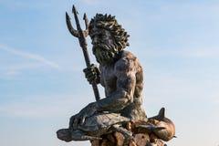 Бронзовый король Нептун Статуя на променаде Virginia Beach Стоковая Фотография