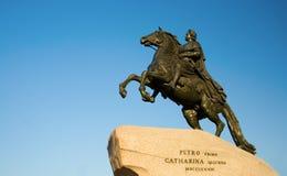 бронзовый памятник наездника Стоковые Изображения RF