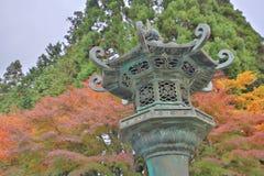 Бронзовый фонарик Hieizan Enryakuji на Киото стоковые изображения rf