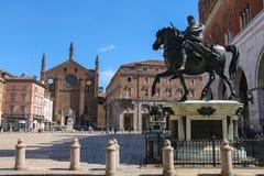 2 бронзовых конноспортивных статуи Alessandro Farnese, герцога равенства Стоковое Изображение RF