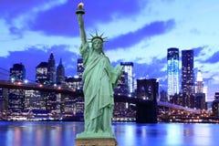 Бруклинский мост и статуя вольности Стоковое Изображение