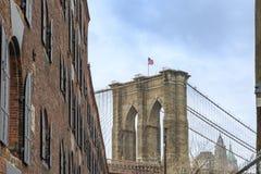 Бруклинский мост от dumbo исторического общества в Бруклине, Нью-Йорке стоковое фото rf