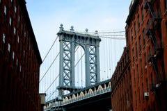 Бруклинский мост от Dumbo стоковое изображение