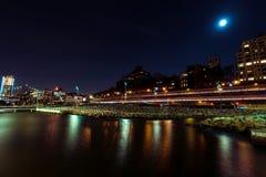 Бруклин на ноче стоковые изображения