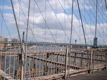 Бруклинский мост и Нью-Йорк на заднем плане Стоковая Фотография RF