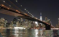 Бруклинский мост на ноче - Нью-Йорк Стоковое Изображение