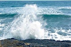 Брызгает волн в море Стоковое фото RF